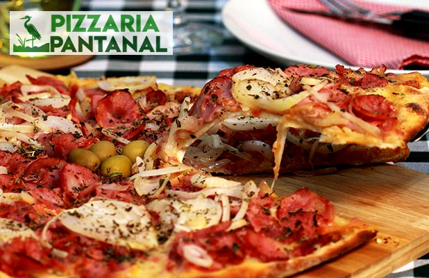 Pizza 8 Fatias p/ Consumo no Local, Delivery e Retirada (Av. Europa)